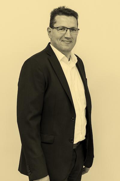 Renier Hasselman. hoofd schadeverzekeringen